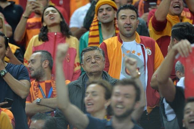 Galatasaray, PSG Maçında Kasasını Doldurdu