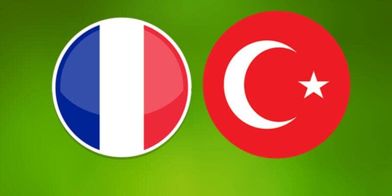Fransa'da 40 Bin Türk