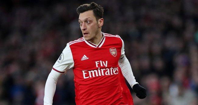Mesut Özil'in geleceği belirsiz