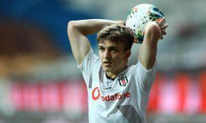 Beşiktaş'ta Rıdvan Yılmaz Takımdan Ayrılıyor