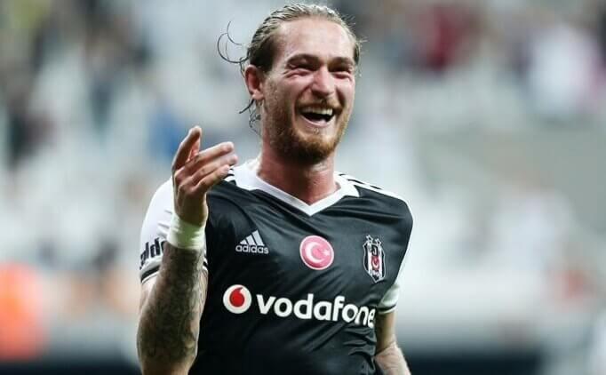 Ömer Şişmanoğlu eski takımı Beşiktaş'ta